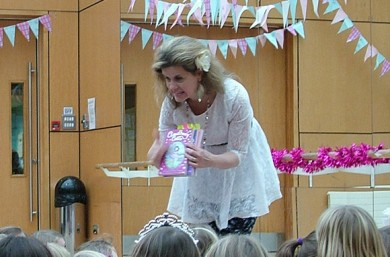 Glitter, Tutus and Twirls at the Cloudberry Castle Ballet Book Party